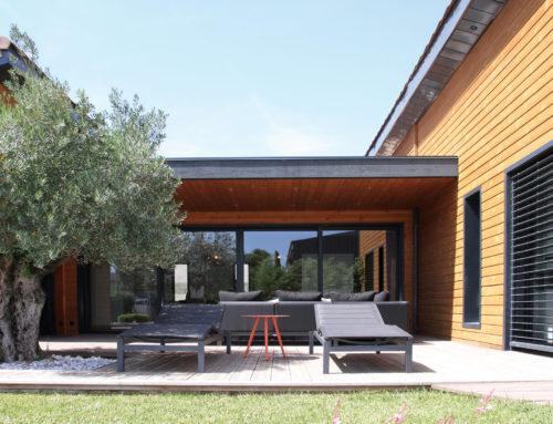 Nouveaux locaux à Saint-Raphaël pour Maison Eco Nature, constructeur bois